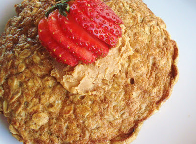 Quick & Easy Breakfast Idea - The Oatmeal Pancake