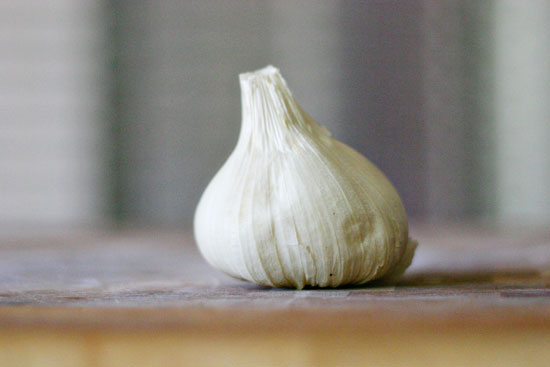 How to roast garlic, and a recipe for roasted garlic hummus