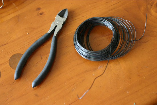 wire cutters and craft wire
