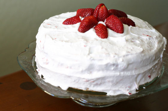 Gluten-Free Strawberry Vanilla Cake via InspiredRD.com #glutenfree