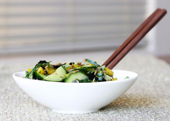 Purslane Cucumber Seaweed Salad