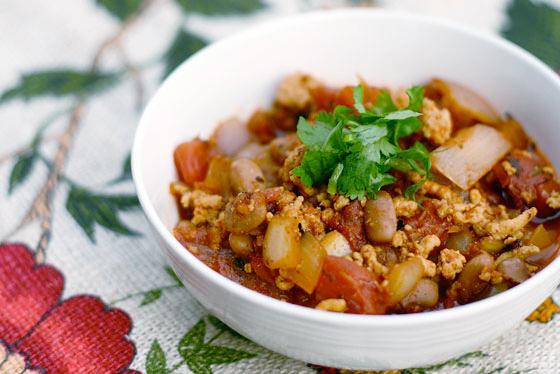 Easy Turkey Chili by InspiredRD.com #glutenfree