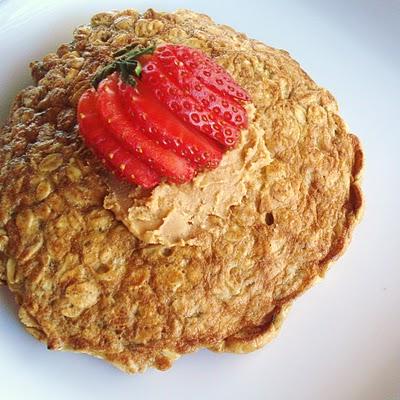 Quick & Easy Breakfast: Oatmeal Pancake