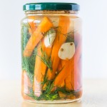 Quick Pickled Carrots with Garlic and Dill #glutenfree