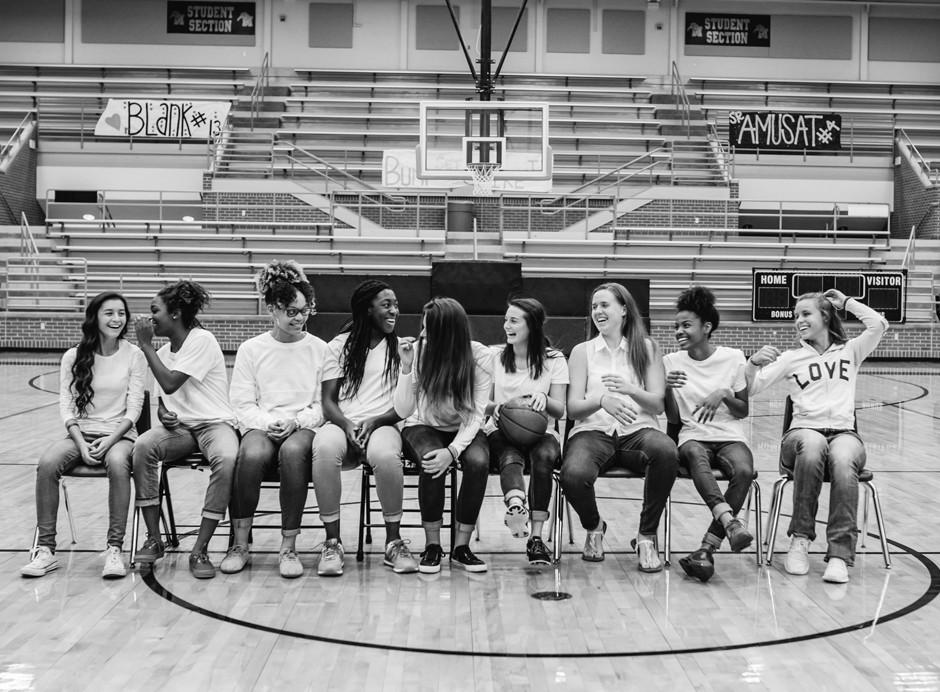 Love this candid shot of this high school basketball team! (Alysa Bajenaru Photography)